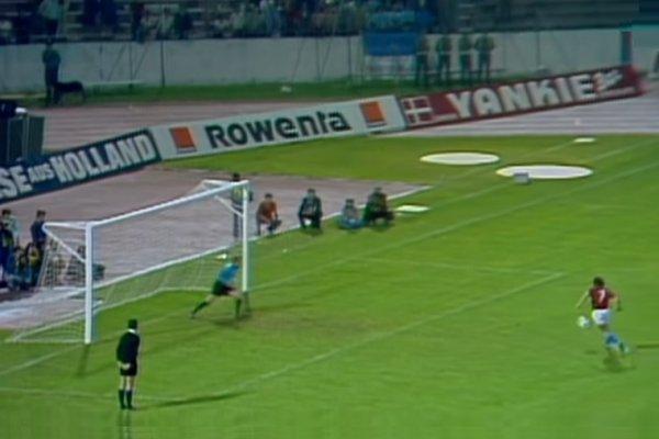Panenka Penalty 1976